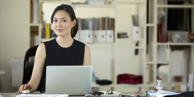 Conte histórias de mulheres empreendedoras no Polinize!