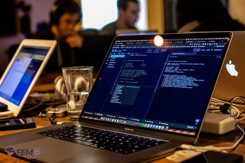 WeeKenzie apresenta os desafios para o desenvolvedor do futuro